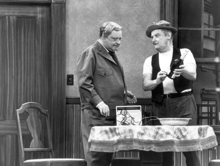 jackie-gleason-art-carney-the-honeymooners