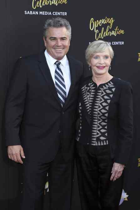 Christopher Knight, Florence Henderson