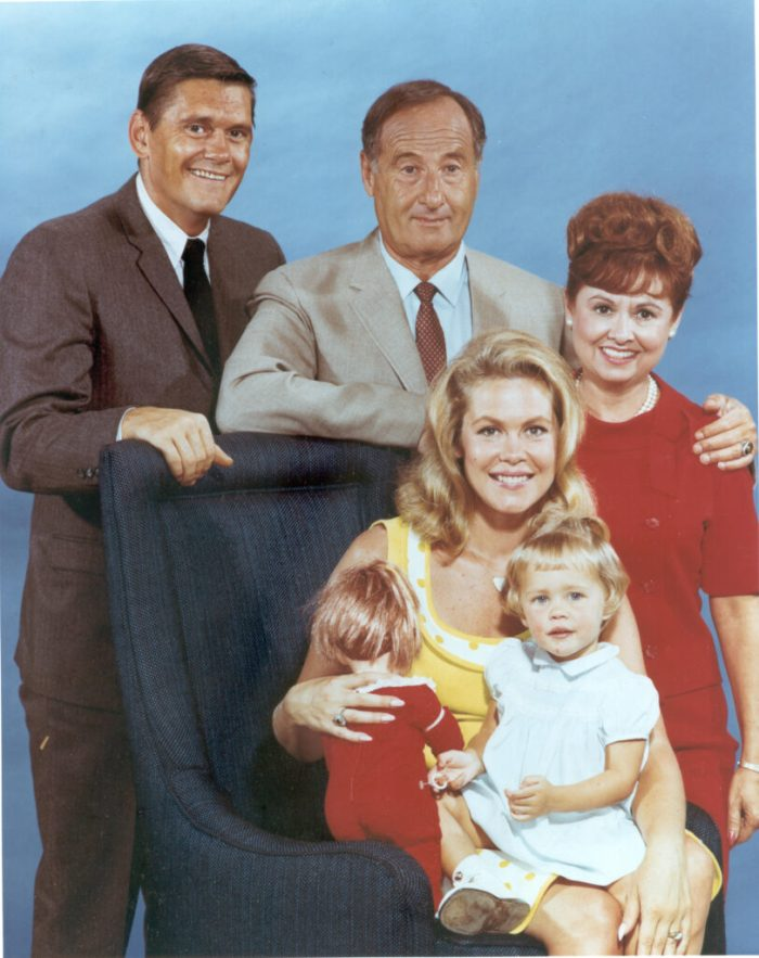 sara-gould-and-bewitched-cast