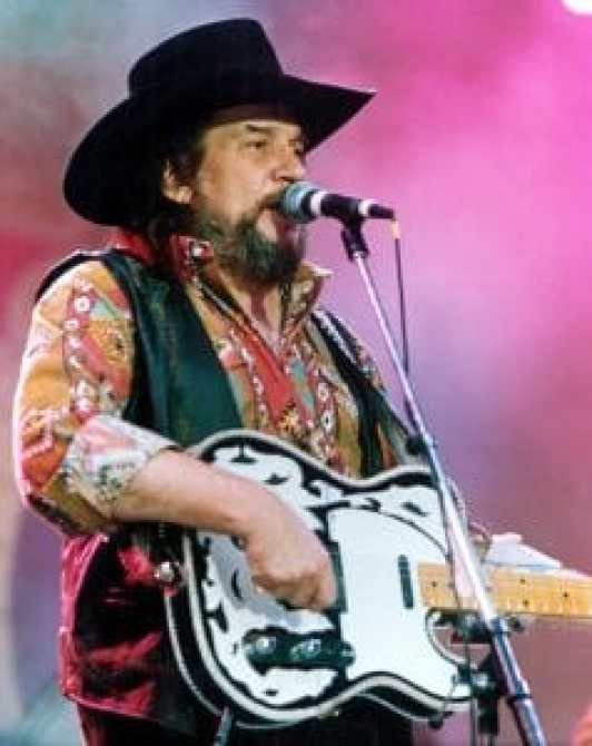 Waylon Jennings is crediteda s one of the founders of the Outlaw Movement in country music