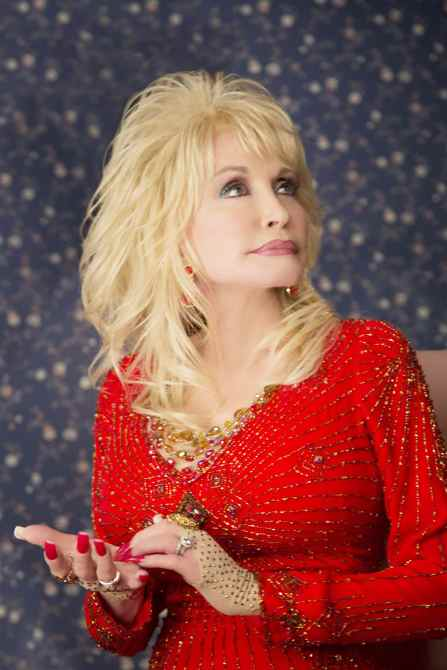 A COUNTRY CHRISTMAS STORY, Dolly Parton