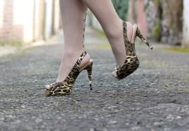 leopard print peep toe shoes