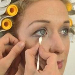 Marilyn Makeup Tutorial 13