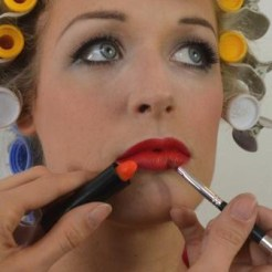 Marilyn Makeup Tutorial 21
