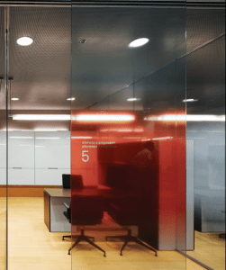 The glassSCREENS are part of the CARVART Contract line of architectural glass and hardware that transforms space dividers into architectural features.