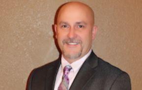 Sharrod Szydloski works with Doug Urich, Tubelite client development manager for Missouri, Kansas and Nebraska.