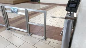 A Boon Edam Trilock 60 tripod turnstile is integrated with Iris ID IrisAccess solution to enable user verification and access with a minimum of effort for students, faculty and staff.