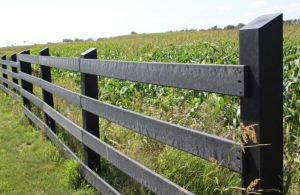 SmarterFence is manufactured using structural recycled HDPE (High Density Polyethylene).