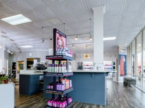 Since remodeling, the salon has been recognized as Best in Silicon Valley by the San Jose Mercury News.