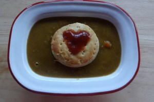 Meat Pie Floater