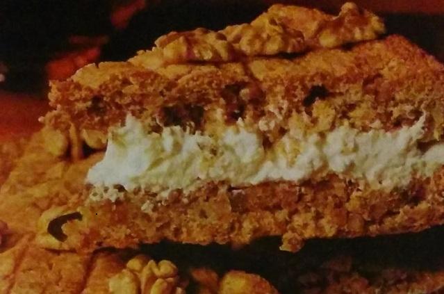 Walnut Spice Sandwich Cake