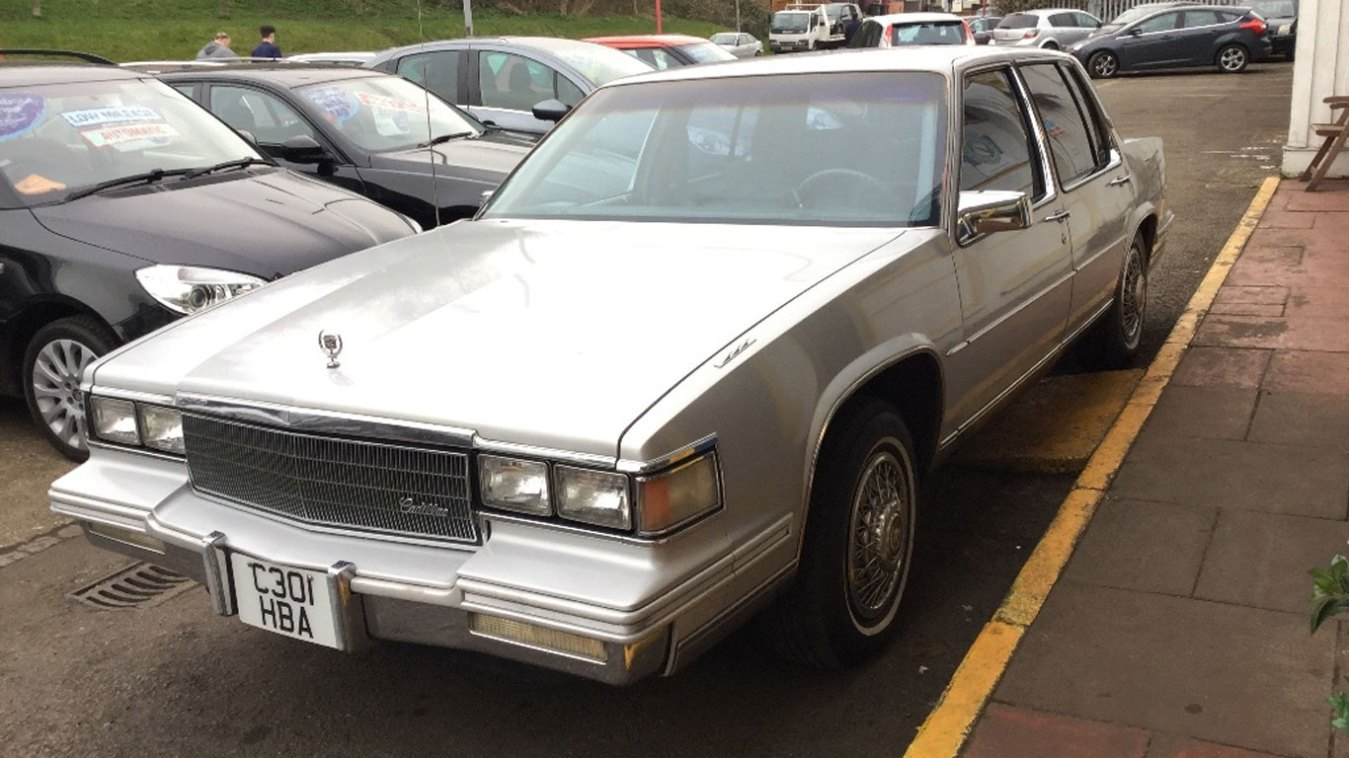 Cadillac DeVille: £3,995