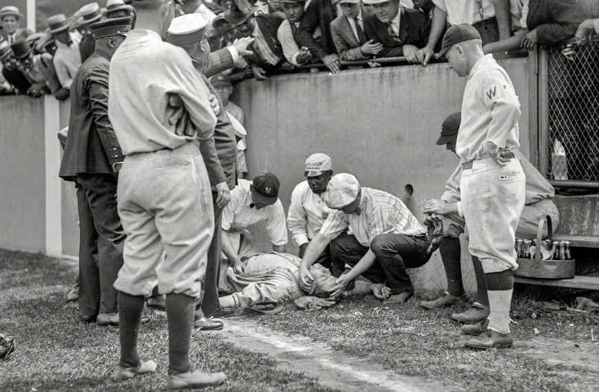 Babe Ruth knocked unconscious