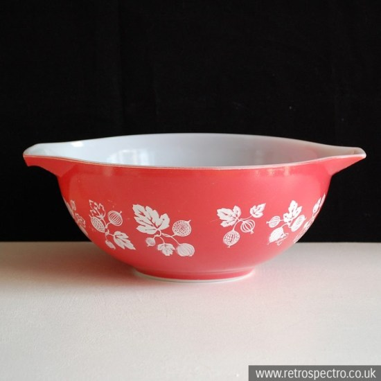 JAJ Pyrex Gooseberry Serving