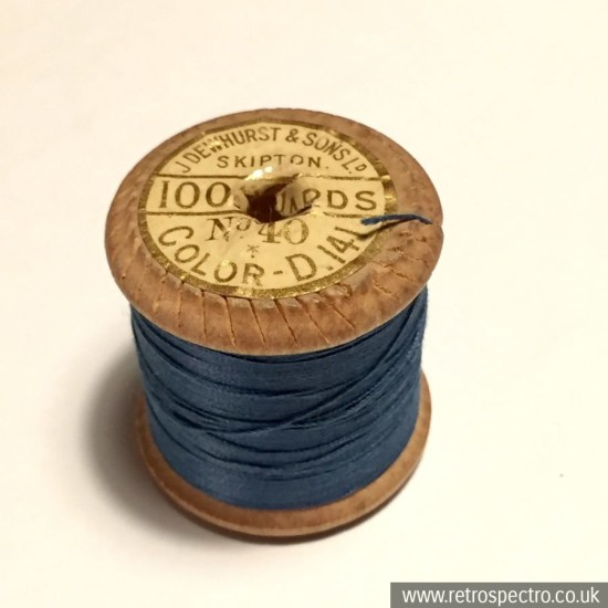 Sylko wooden cotton reel Saxe Blue D.141