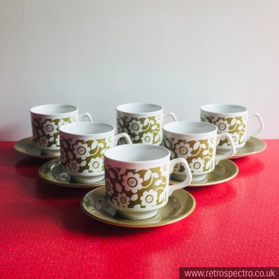 Tams cups & saucers homestead olive green