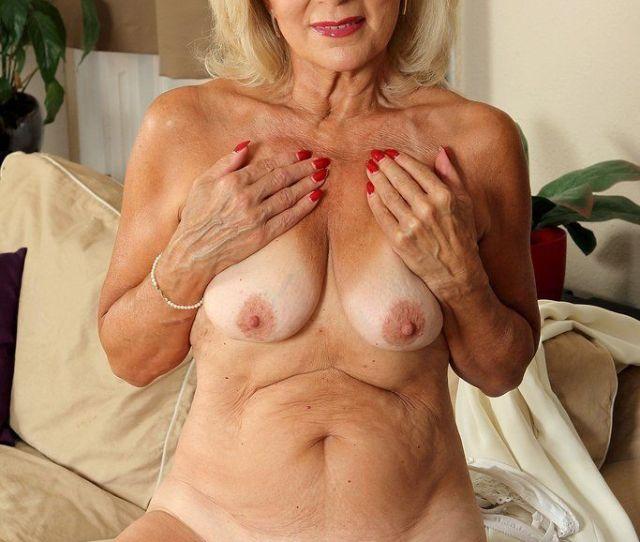 Older Women Nude Porn