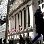 New York extends post-Brexit gains in euro swaps trading 💥👩👩💥 #New_York