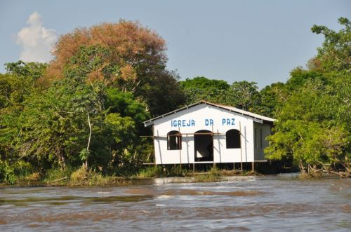 This church in Piracaoera is nearing completion.  It did not go under water as construction started when the water was high