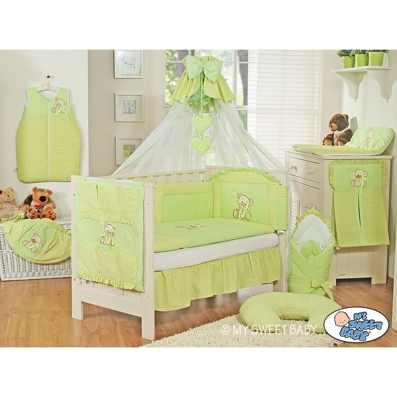 lit bebe winnie l ourson perfect lit bebe winnie l ourson. Black Bedroom Furniture Sets. Home Design Ideas