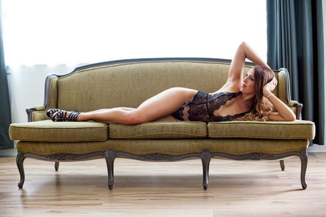 boudoir-session-photo