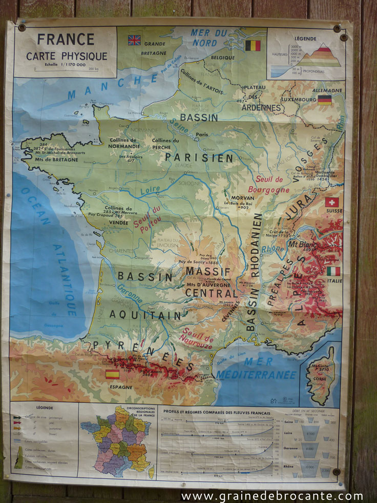 Ancienne carte dcole de france plastifie
