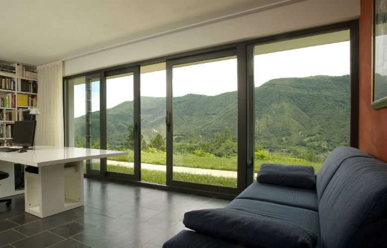 Ventanas pvc alternativa a ventanas de aluminio revenval for Ventanales grandes de segunda mano