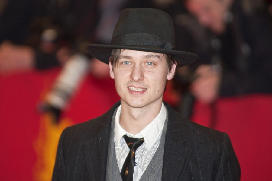 Practice German with the films of actor Tom Schilling.
