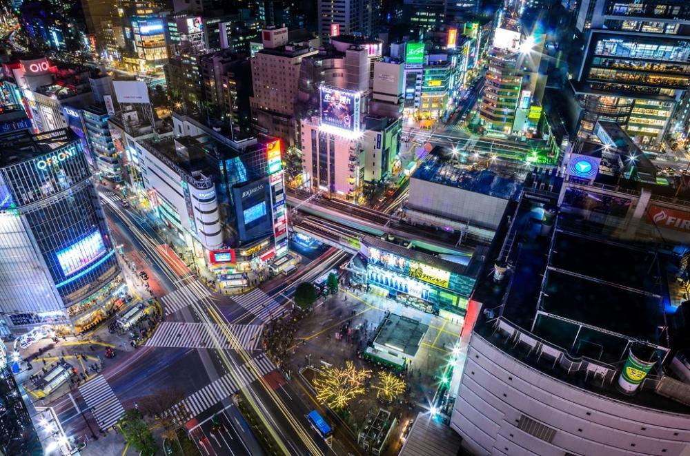 shibuya crossing tokyo japan must see