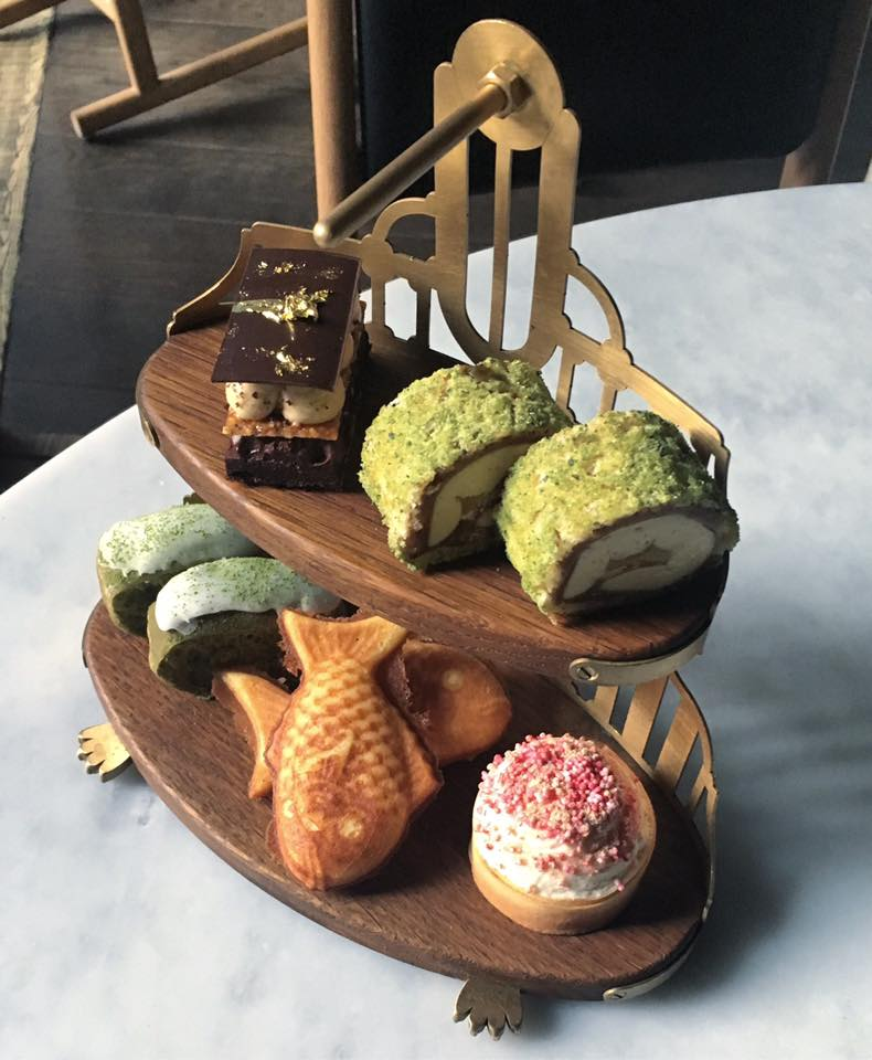 Sosharu offers a Japanese take on the English afternoon tea tradition in London. More places for afternoon tea on Reverberations.