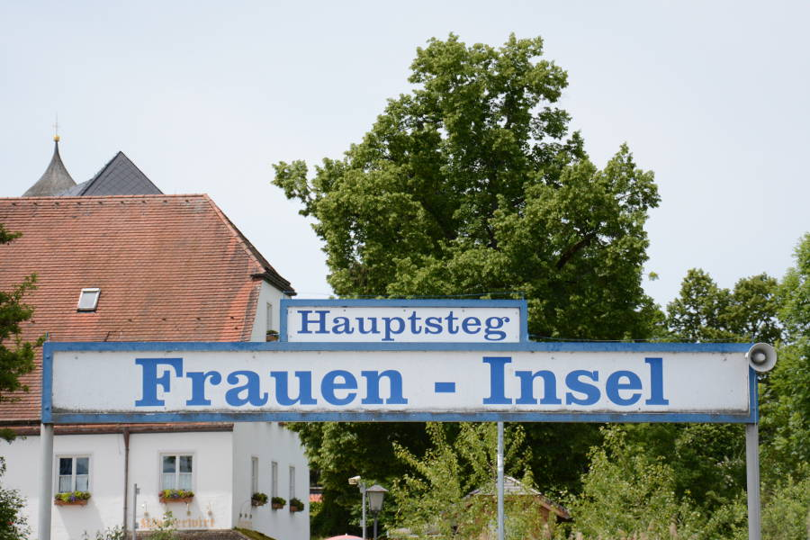 The Fraueninsel sign on the Chiemsee.