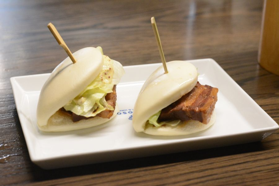 Kakuni bao from Momosan.
