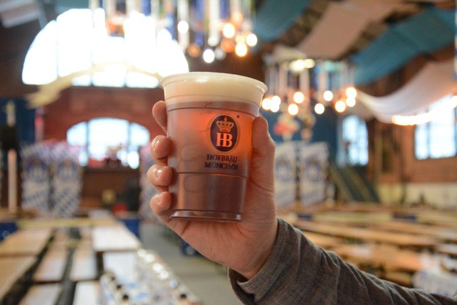 Hofbräuhaus beer at Brauhaus Schmitz Oktoberfest.