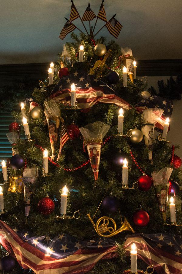 A Christmas tree in Historic Odessa, Delaware.