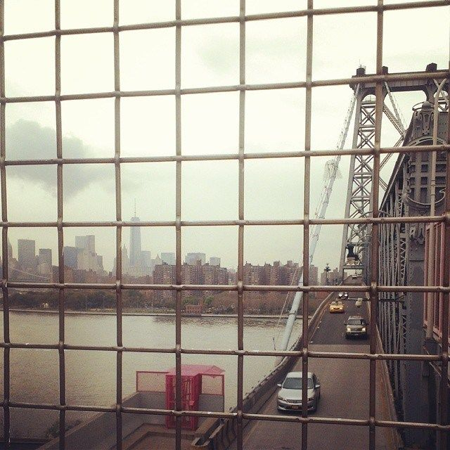 Walking the Williamsburg Bridge is one of the great free things to do in New York City.