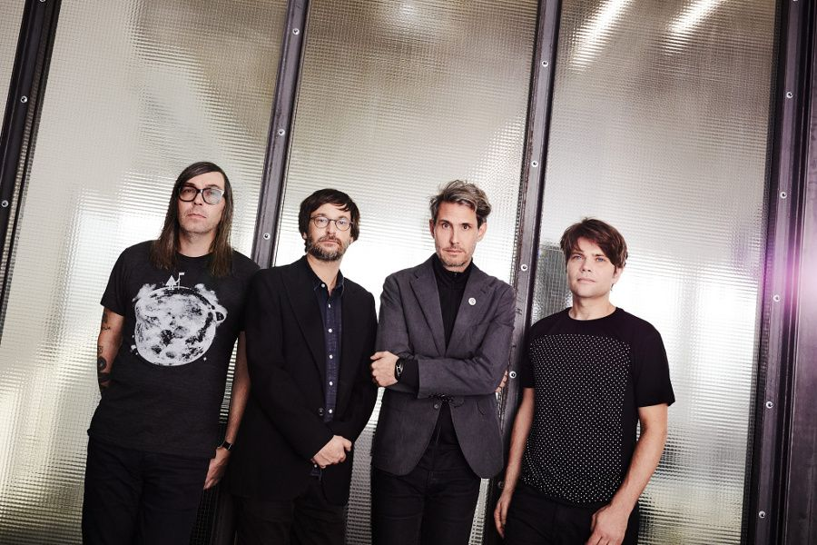 Learn German with the music of indie rockers Tocotronic.