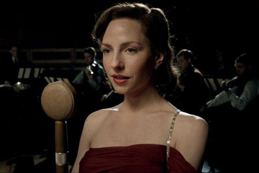 Learn German with the film Generation War starring Katharina Schüttler.