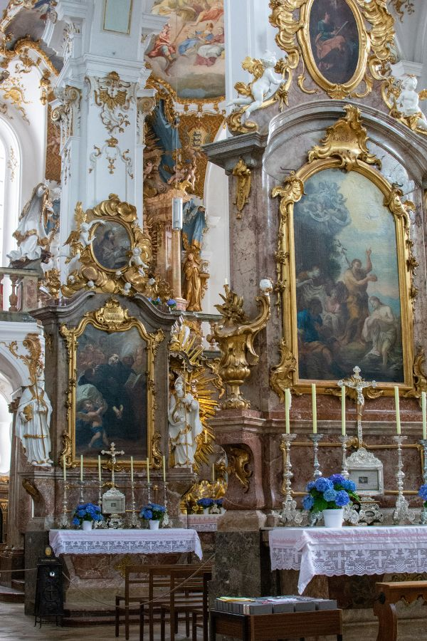 Lavish altars inside the Kloster Andechs church.