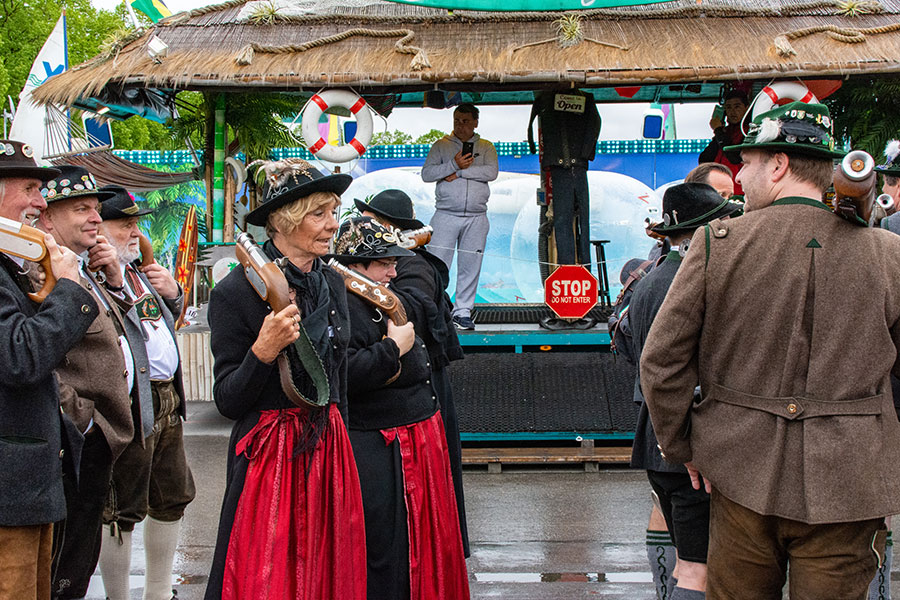A local shooting club parades onto the Wiesn for Munich Frühlingsfest.