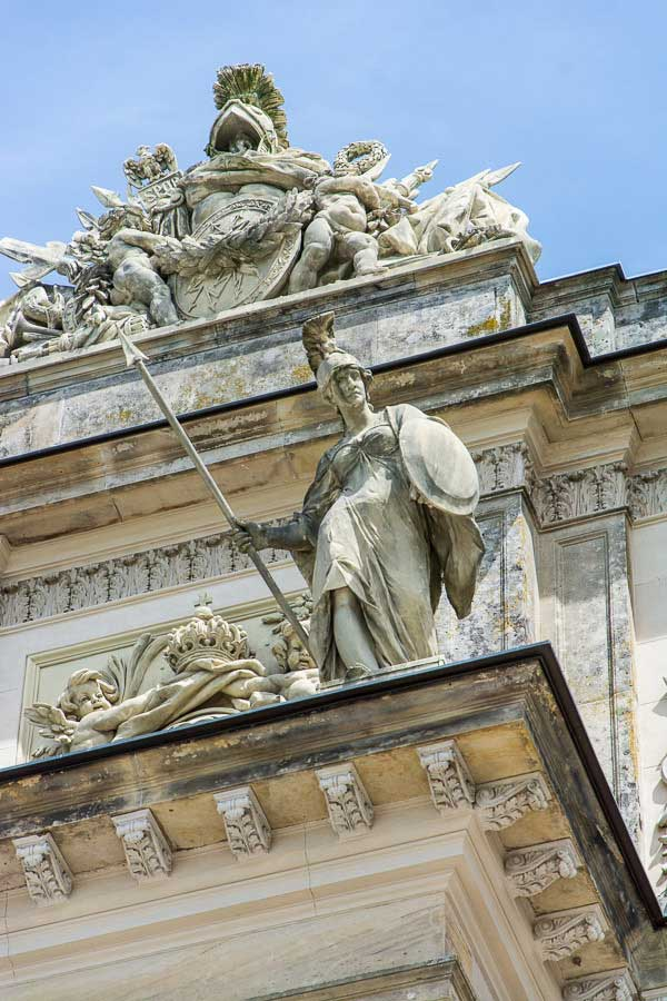 Close up of a sculpture along the top of the Herrenchiemsee New Palace.