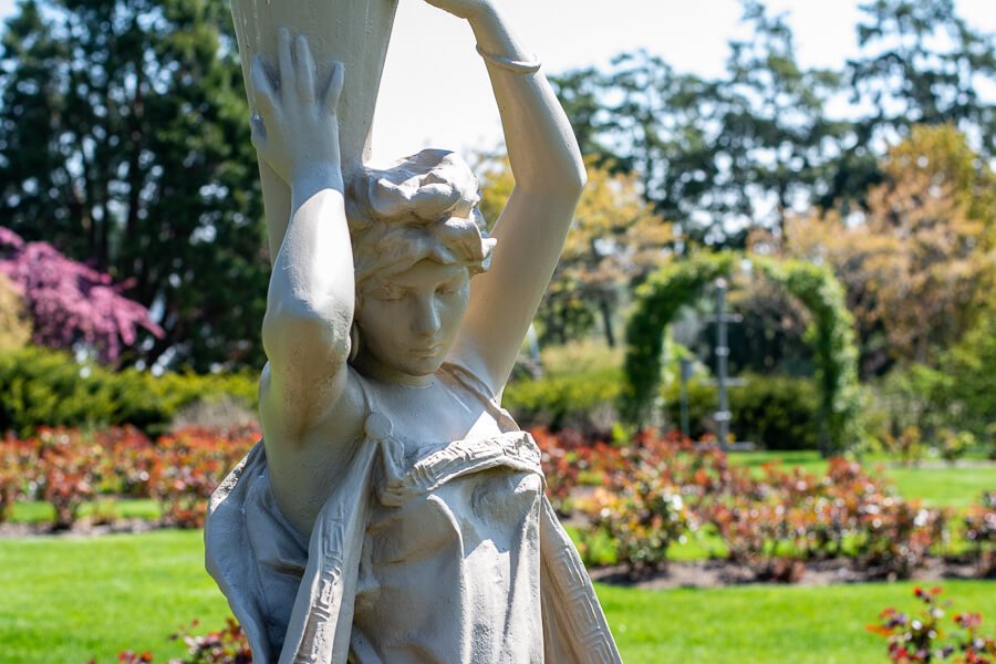 A statue at Hershey Gardens.