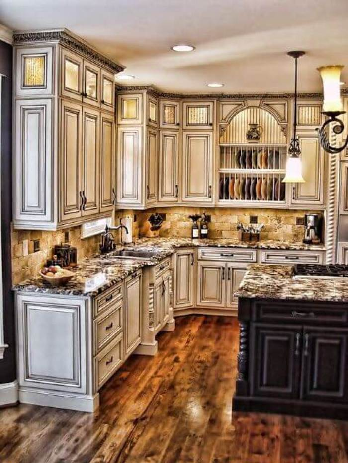 Antique White Kitchens - 25 Antique White Kitchen Cabinets Ideas That Blow Your Mind - Reverbsf