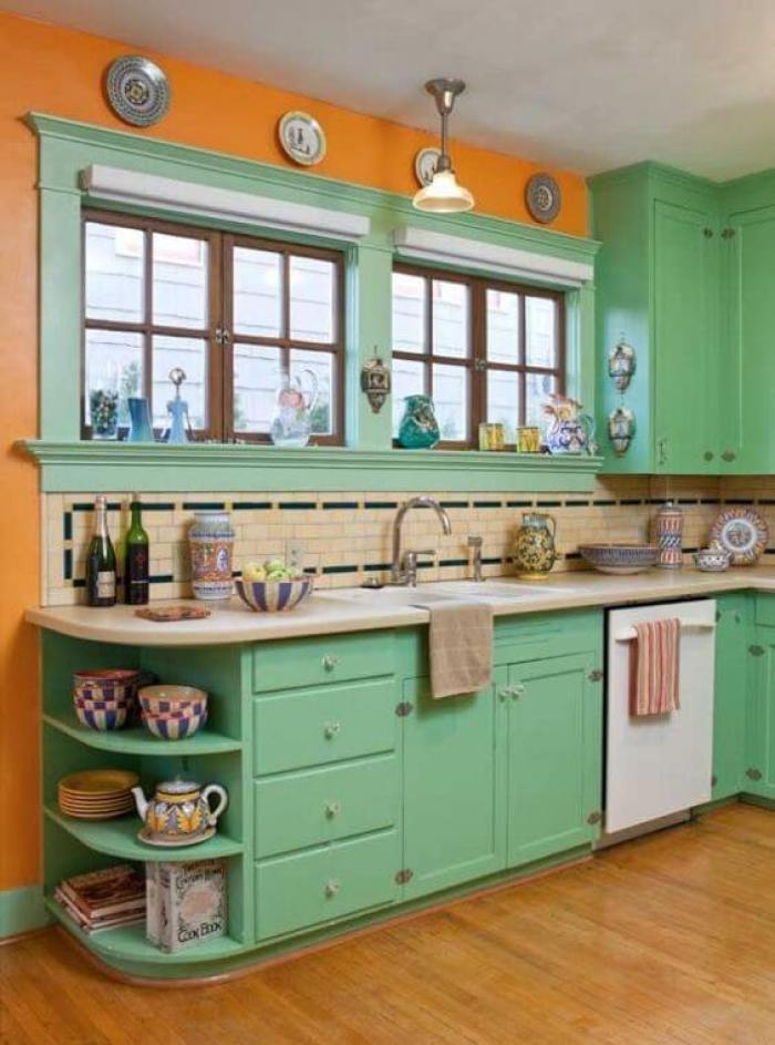 colored kitchen cabinets ideas - Green Kitchen Cabinets