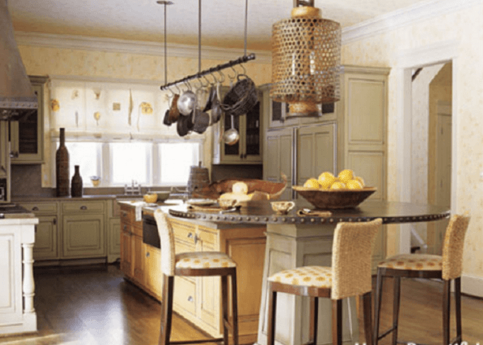Yellow Kitchen Walls With Oak Cabinets