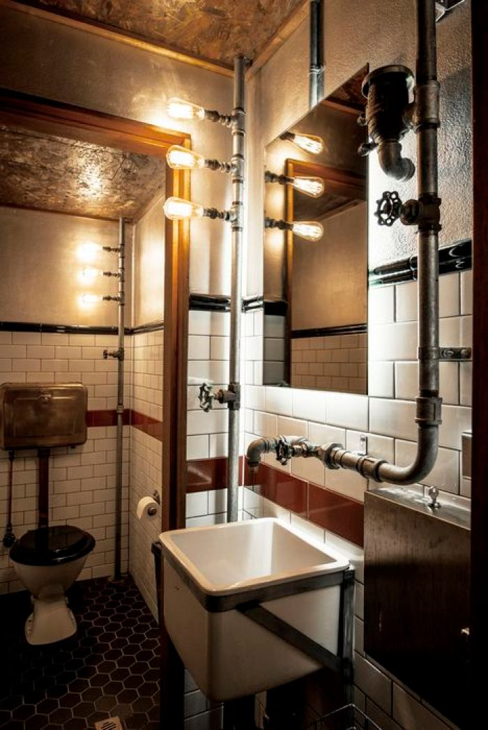21 elegant steampunk bathroom ideas reverb for Punk rock bathroom decor