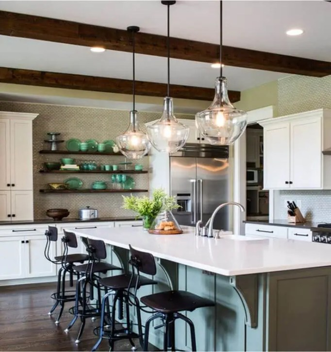 15 Chic Kitchen Island Lighting Ideas