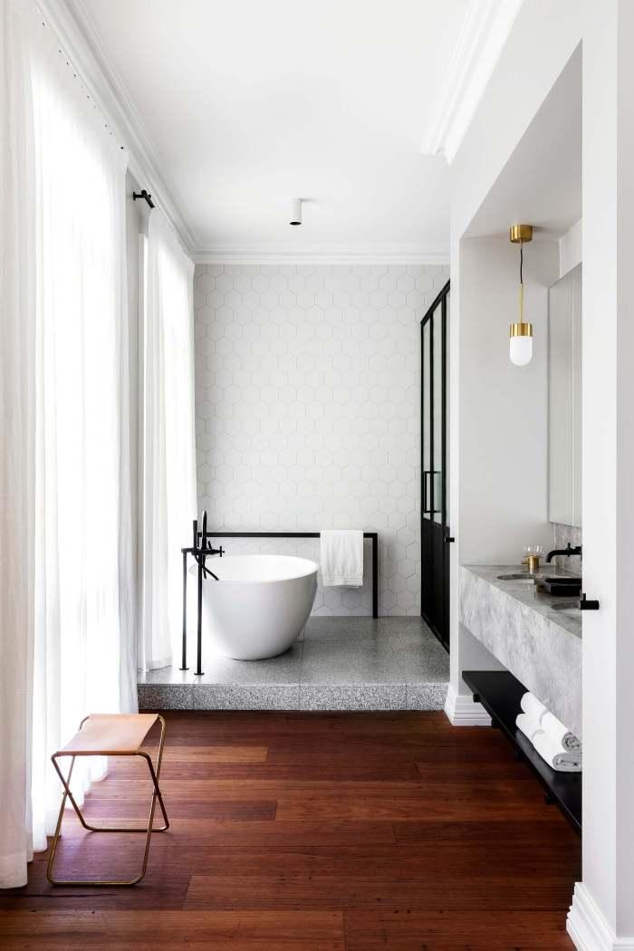 luxury modern bathrooms