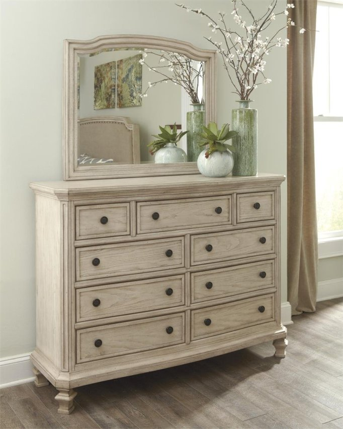 antique white bedroom furniture