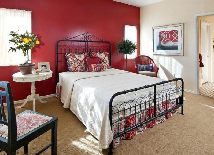 red bedroom decor