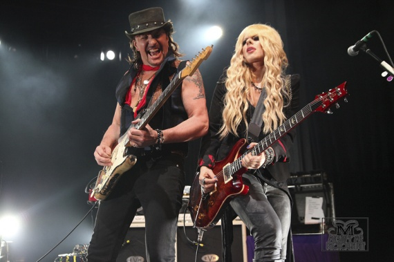 "Richie Sambora w/ Orianthi - Live at ""Download Festival"", UK 2014 ..."